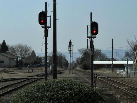 宮地駅ホームから熊本方を望む