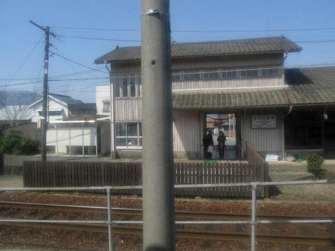 内牧駅駅舎