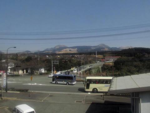 豊肥本線車内から見た阿蘇大橋