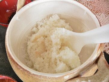 土鍋で炊きたてご飯