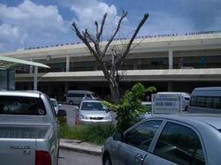 プーケット空港からバトンビーチまでのタクシー料金 650バーツ