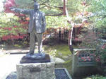足立美術館・足立氏の像