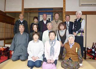 三月二十六日研修旅行で一休寺を参拝致しました