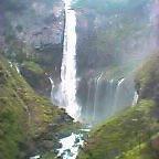 画像:華厳の滝