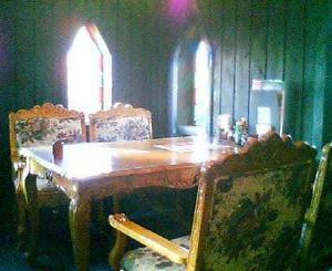 画像: 貴族の森 テーブル席