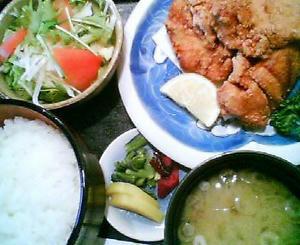 画像:成駒 唐揚定食
