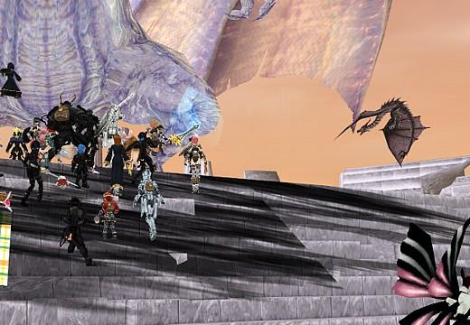 LoCとそれに向かって左側へ布陣するPC達。中央にはペットも見える:ChaosAge天の門