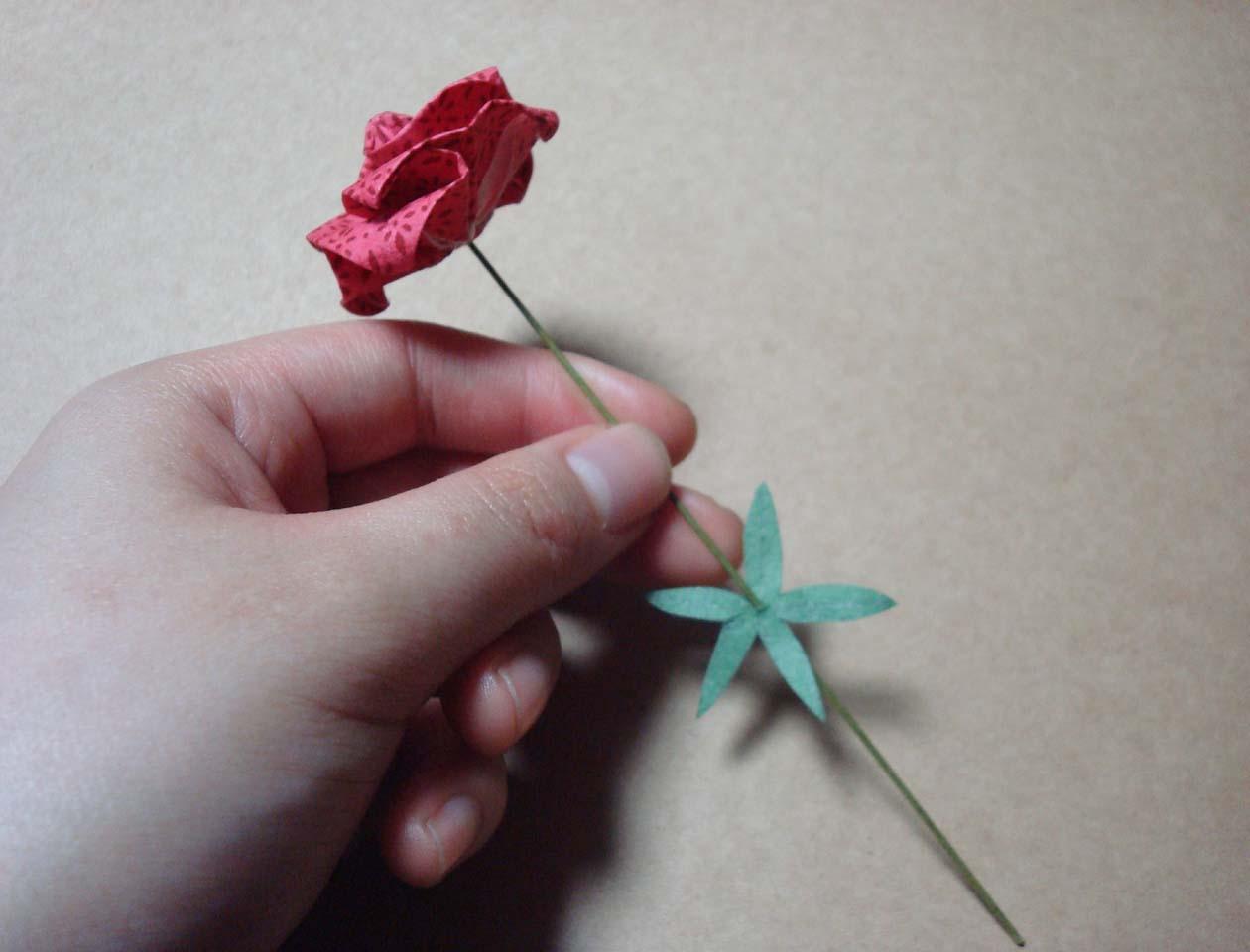 2010/02/05 (Fri) 折り紙バラ : 折り紙 バラ 茎 : すべての折り紙