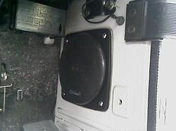 speaker-r02.jpg