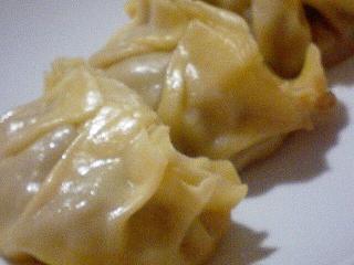 手作り皮のキノコ餃子