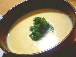 粒コーン缶のコーンスープ
