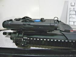 イーグルフォースAN/PEQ-2と東京マルイMP7A1