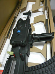 CYMA AK47タクティカルとAN/PEQ-2タイプバッテリーボックス