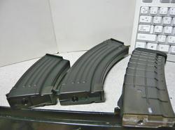 マルイAK多弾ショートマグとスペアマガジンAKとマグプルAK P-MAG