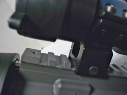 マルイスタンダード電動M4A1カービンのトップレイル