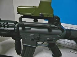 SHS M16キャリーハンドルマウントとマルイM4キャリハン装備の中華エアコキM4Sシステム