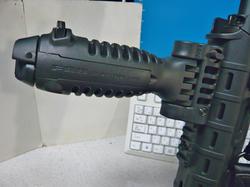 マルイM4とMOEハンドガードとポリマーレイルセクションとFAB Defenseタイプグリップバイポッド