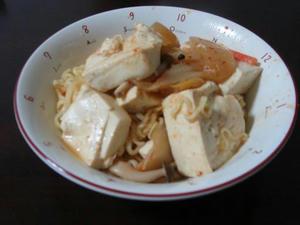 簡単レシピのキムチラーメン