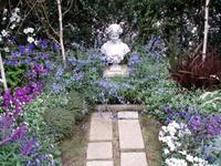 07.1025.garden3.jpg