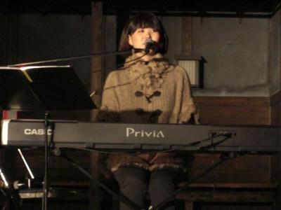 akari2011-1.JPG