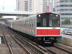 新大阪駅~西中島南方駅間にて