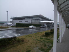 強めの雨が降っていた山口宇部空港