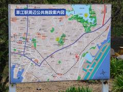 草江駅前にあった、駅周辺のマップ…空港と接近した位置関係がお分かりでしょうか…?