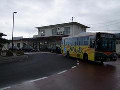 長門市駅と、自分が思い立って乗った路線バス