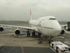 羽田空港にて…凛々しい姿なのですが…