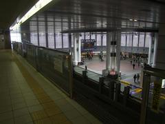 モノレールの小倉駅ホームから見た景色