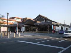 なかなか重厚な、西鉄の太宰府駅
