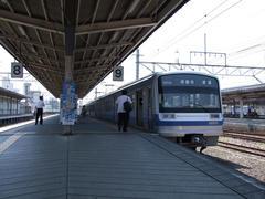 乗り換えて、伊豆箱根鉄道の三島駅にて