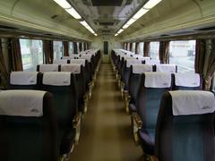 福知山地区を走る特急列車の車内は、大体こんな感じです
