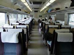 往年の特急列車らしい雰囲気が漂います