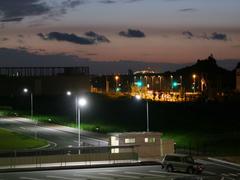 ホテルから見た夜明け…写真奥が北九州空港です