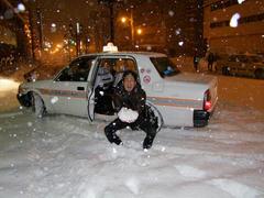 タクシーから持ってきた雪ではありません