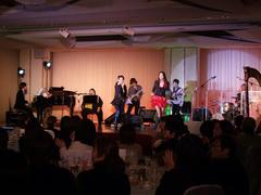 鳴海さんや穂高さんも、ステージを盛り上げます!