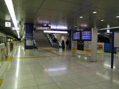 終点の、羽田空港第2ビル駅にて
