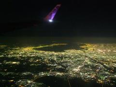恐らく千葉県上空にて…奥が東京湾です