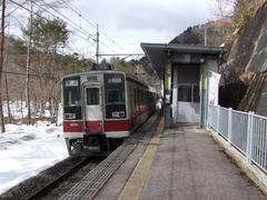 60100台の数字のある車両が、野岩鉄道受け持ちです…男鹿高原駅にて