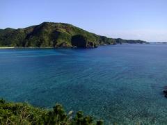 慶留間島の形状がよく分かります