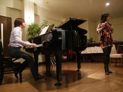 やはりグランド・ピアノは良いです♪