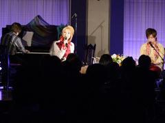 """""""つながっている""""では、夢輝さんは歌を担当"""