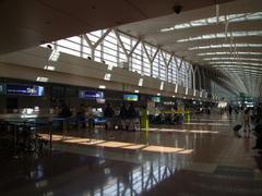 自然の光が素晴らしい、羽田空港第2ターミナル