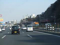 別府市~大分市までの間で、日豊本線と併走します