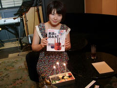 よく見ると、蝋燭はお寿司に刺さっています(笑)