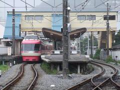 箱根板橋駅の一番左側にあるホームは、かつて登山鉄道の車両専用のホームでした