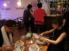 楽屋は、アジア系の食べ物が美味しいお店です♪