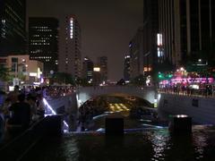 ライトアップが美しい清渓川
