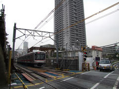 工事真っ最中の代官山駅付近